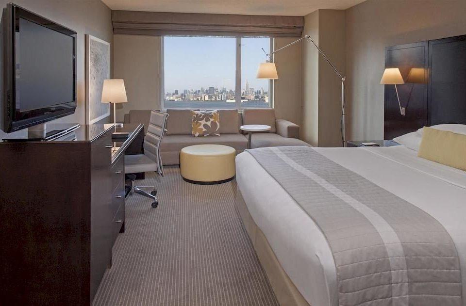 Bedroom property Suite condominium cottage