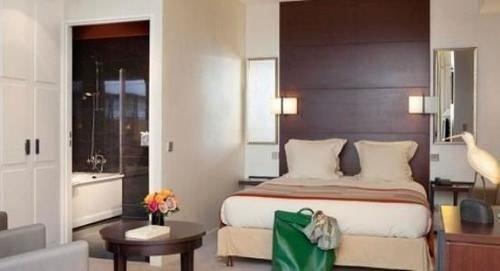 property condominium Suite cottage living room Bedroom