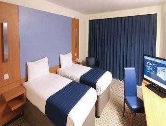 Bedroom property Suite curtain cottage condominium