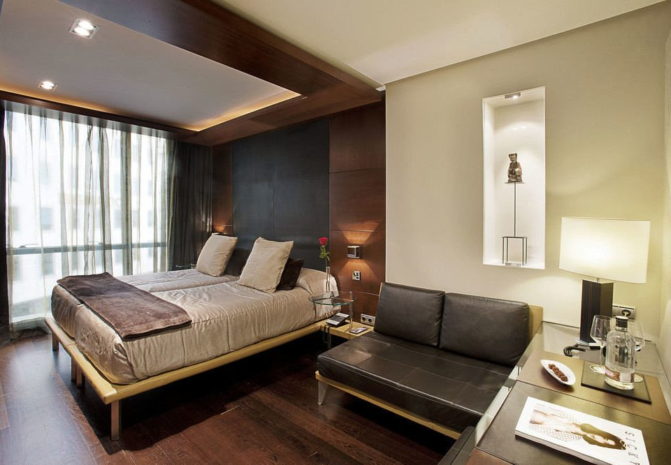 sofa property Suite living room condominium home Bedroom cottage
