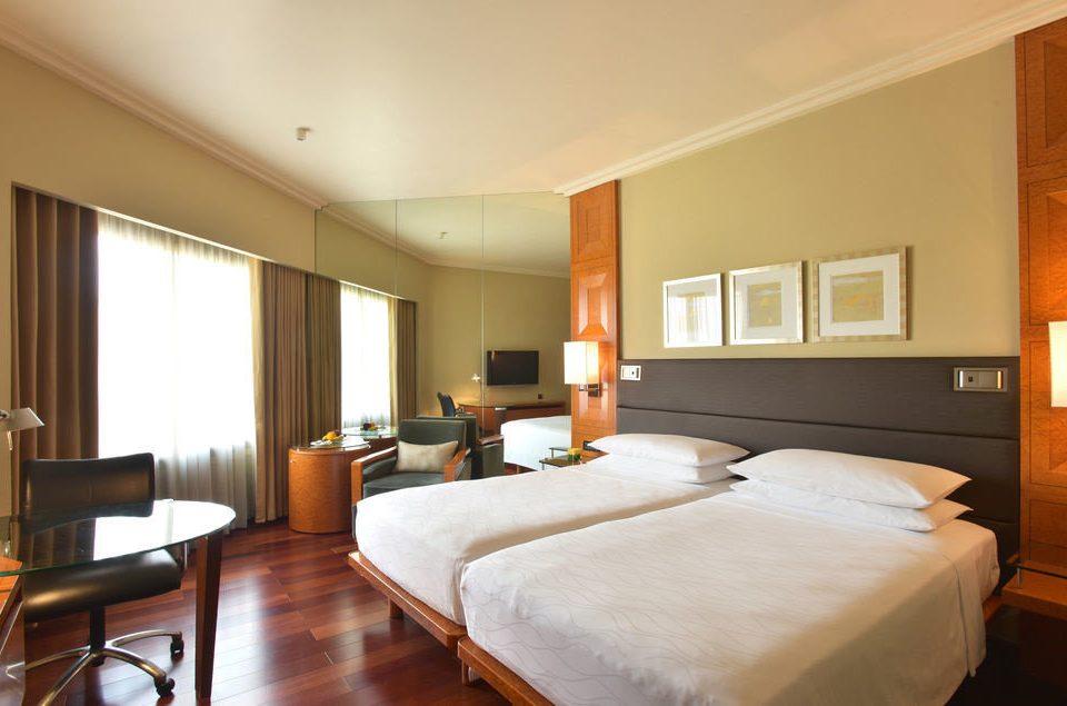 property Bedroom Suite hardwood cottage living room condominium