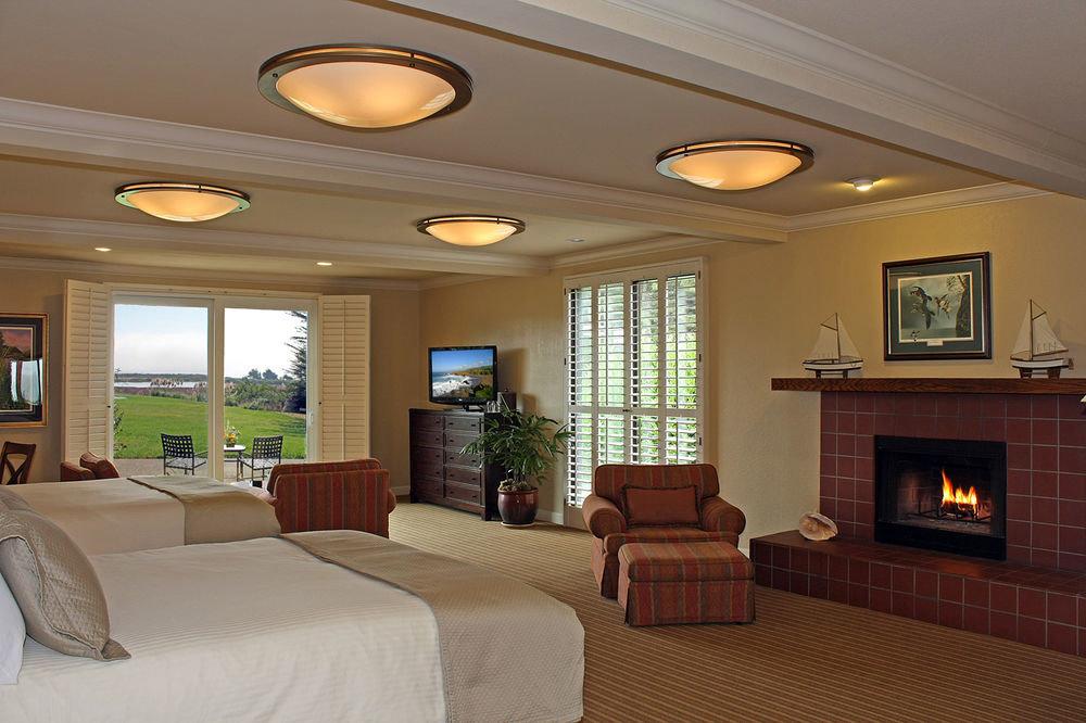 property living room home hardwood condominium Suite Bedroom mansion cottage