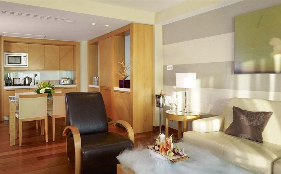 property Suite living room condominium home cottage Bedroom