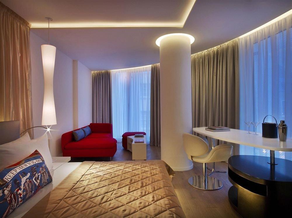 property Suite curtain condominium Bedroom