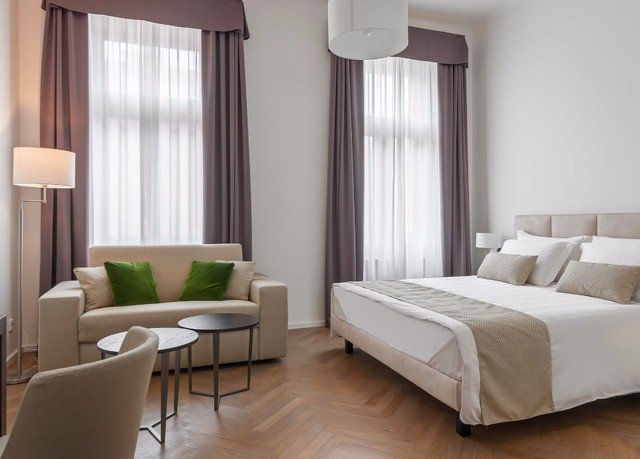 property Suite Bedroom living room condominium curtain home textile window treatment flat