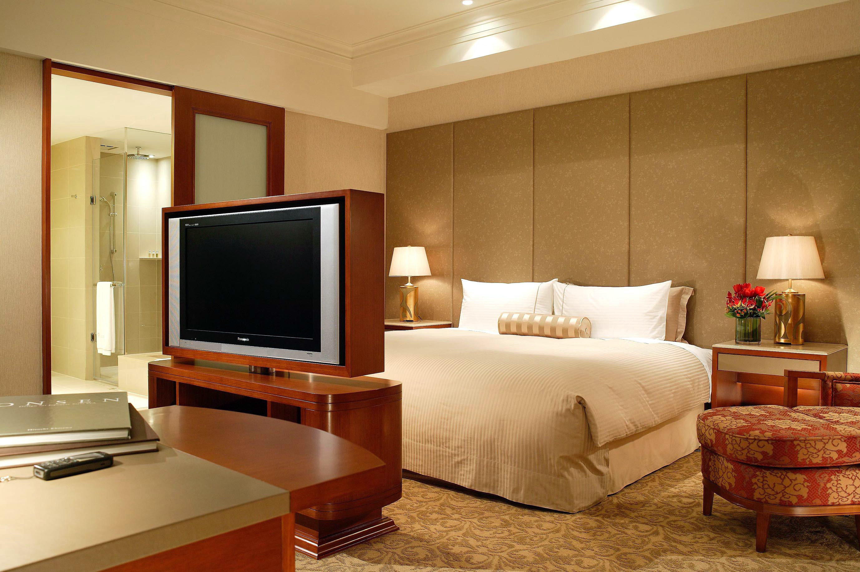 property living room Suite desk home flat condominium Bedroom