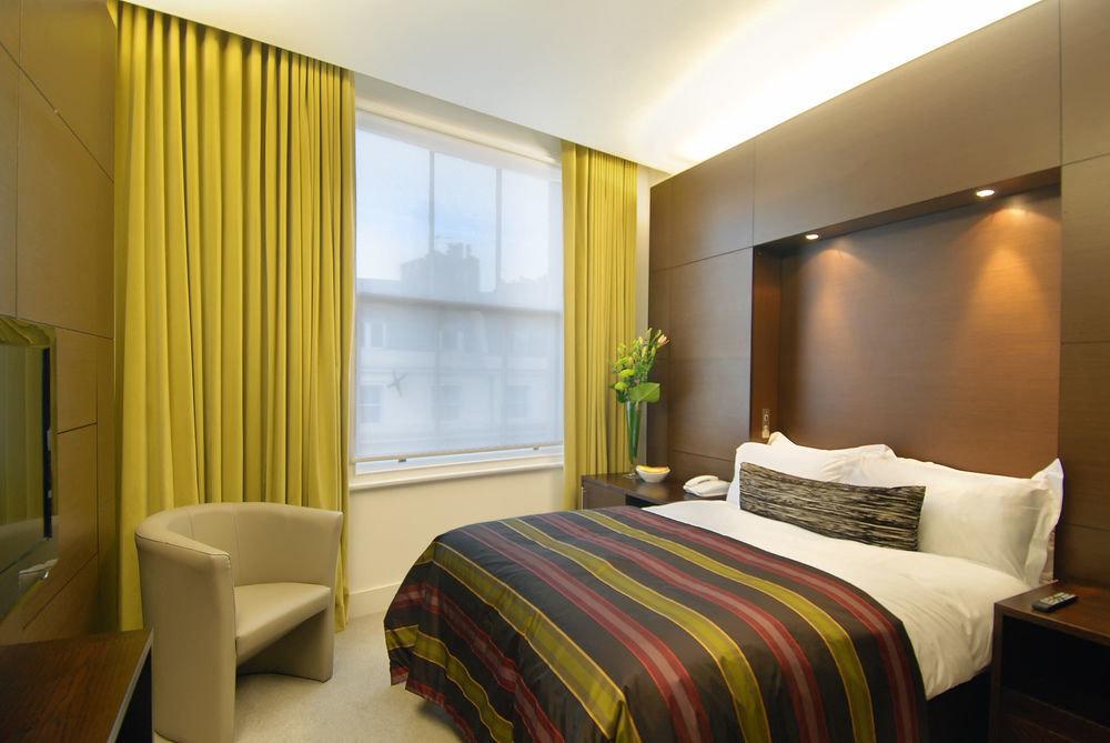 Bedroom property Suite condominium double