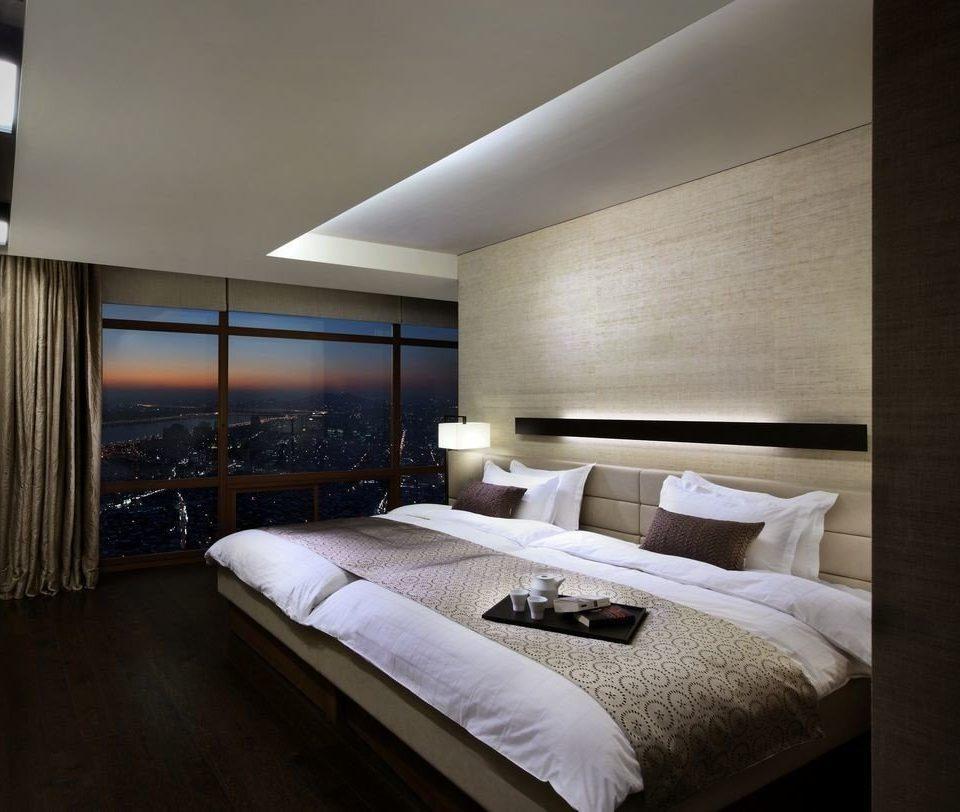 Bedroom property pillow double Suite condominium
