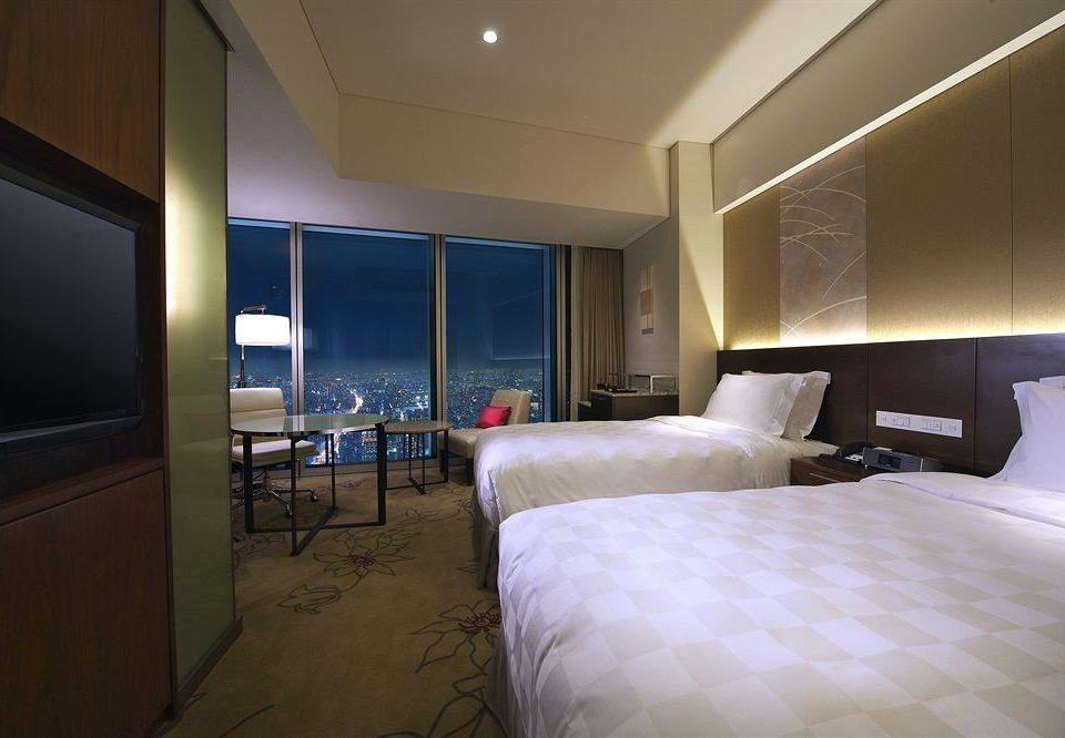 Bedroom property vehicle yacht Suite condominium lamp flat