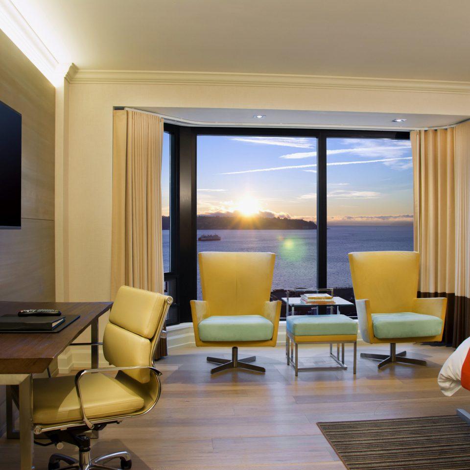 property Suite condominium living room Bedroom flat