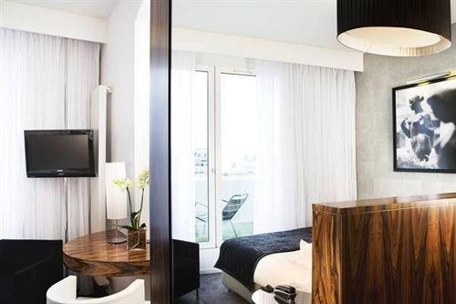 property Suite condominium living room home lighting Bedroom flat