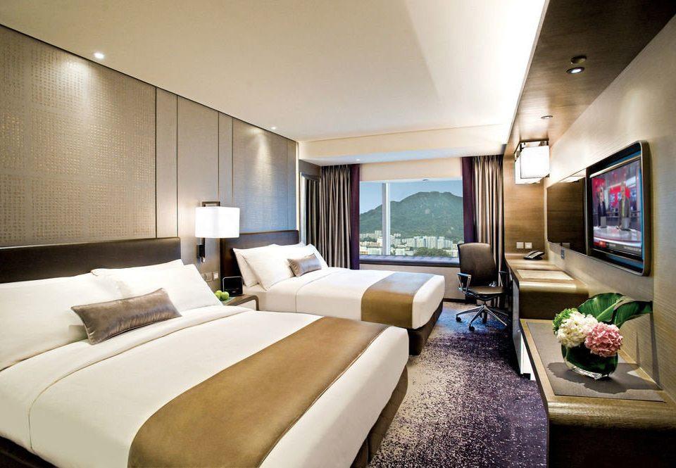 sofa property Suite Bedroom condominium yacht vehicle living room flat