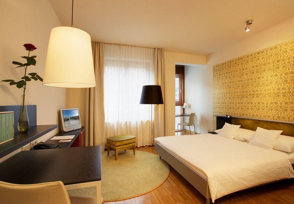 property Bedroom Suite condominium living room lamp flat