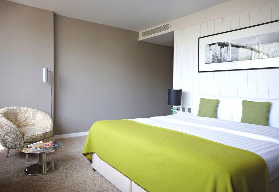 property Bedroom green scene Suite condominium lamp