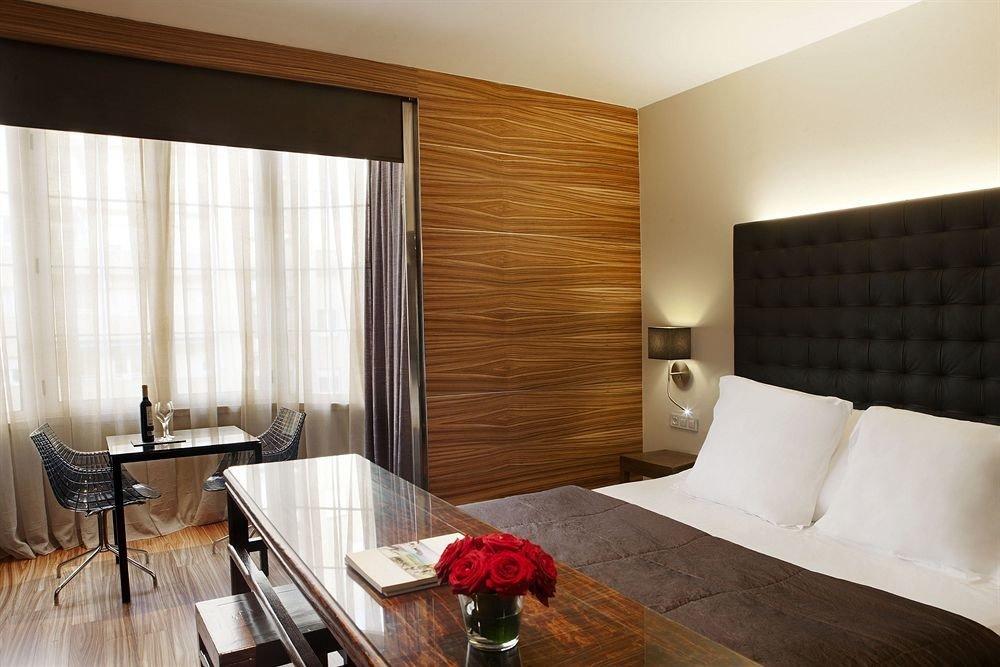 property Suite hardwood home living room condominium Bedroom