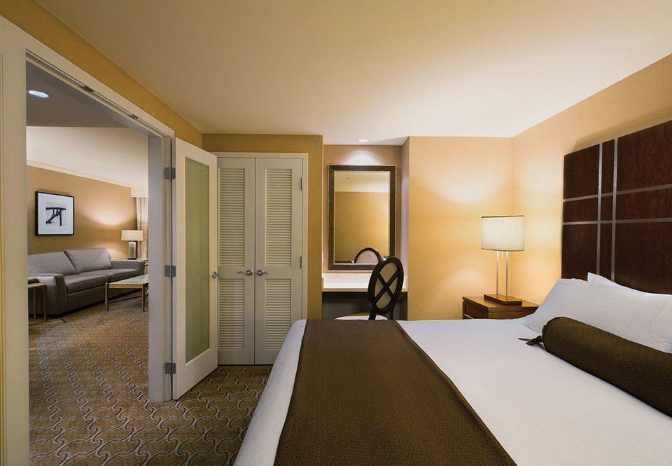 Bedroom property condominium Suite home