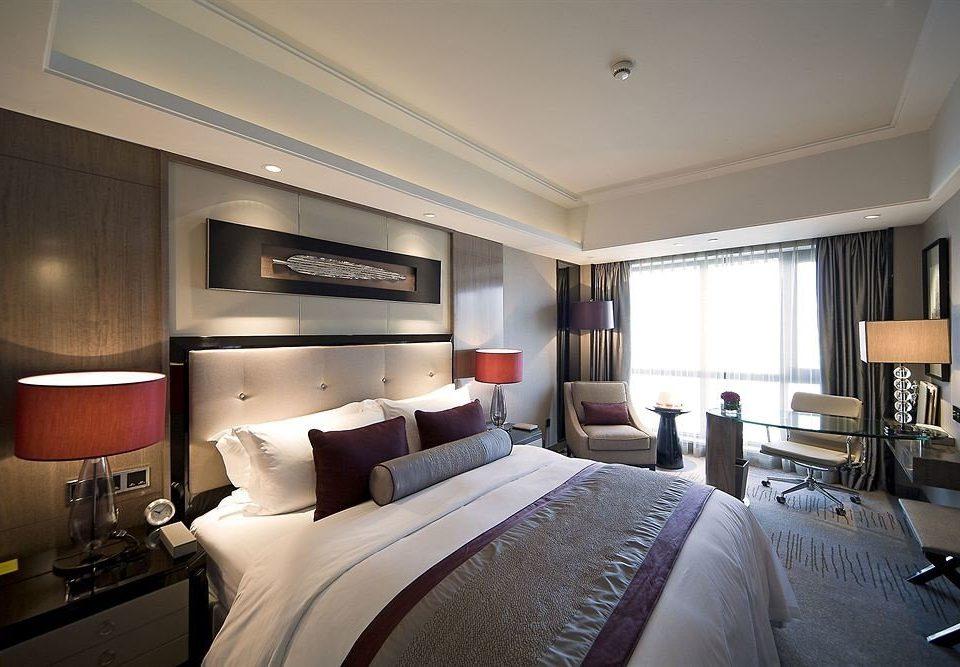 Bedroom property Suite home condominium living room yacht