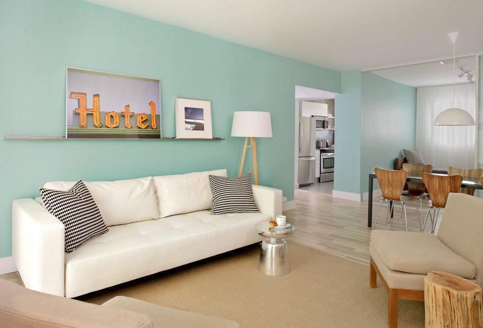 sofa property living room home condominium Suite Bedroom