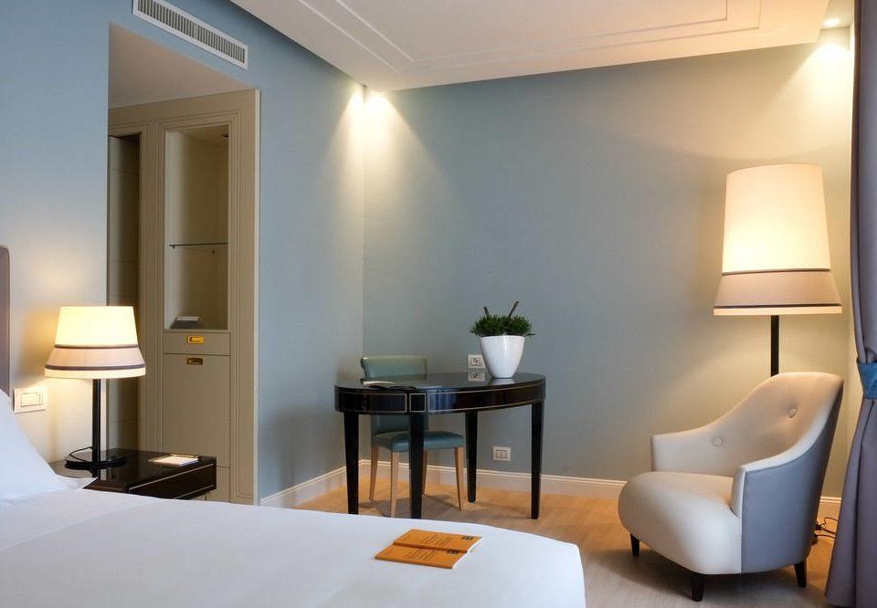 property Suite Bedroom home lighting condominium living room