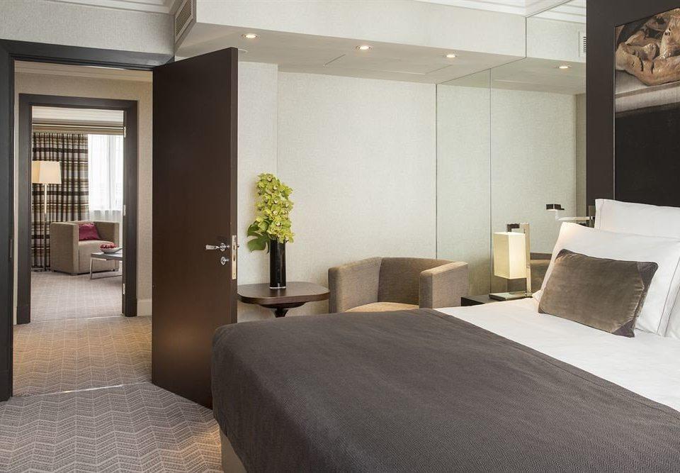 property Bedroom Suite living room home condominium loft