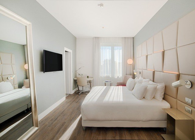 property living room Bedroom white Suite home condominium