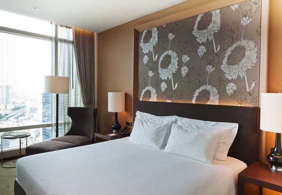 property Suite Bedroom living room condominium pillow