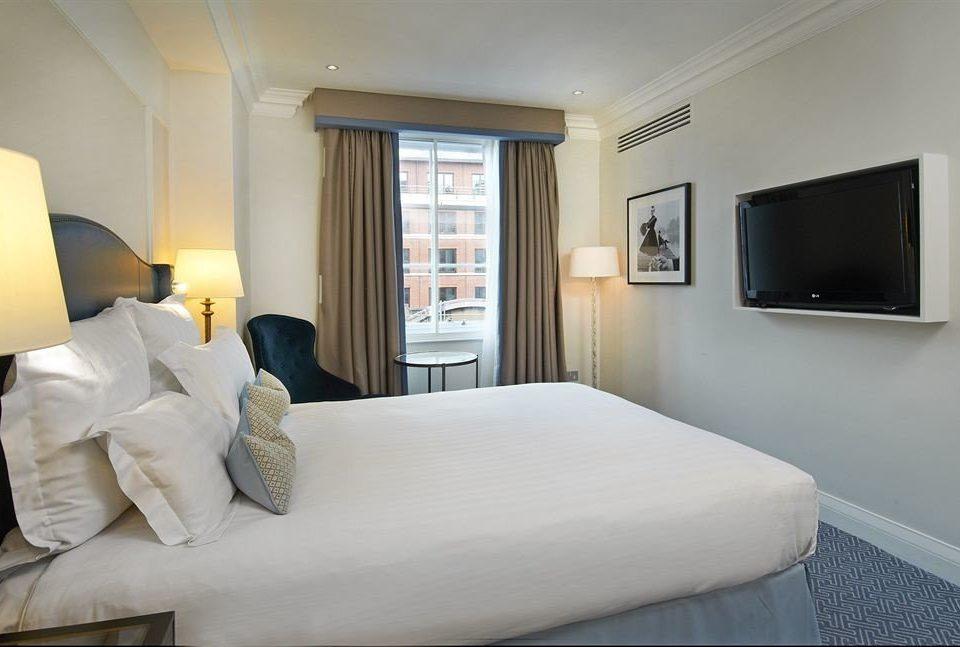 property Suite Bedroom pillow condominium