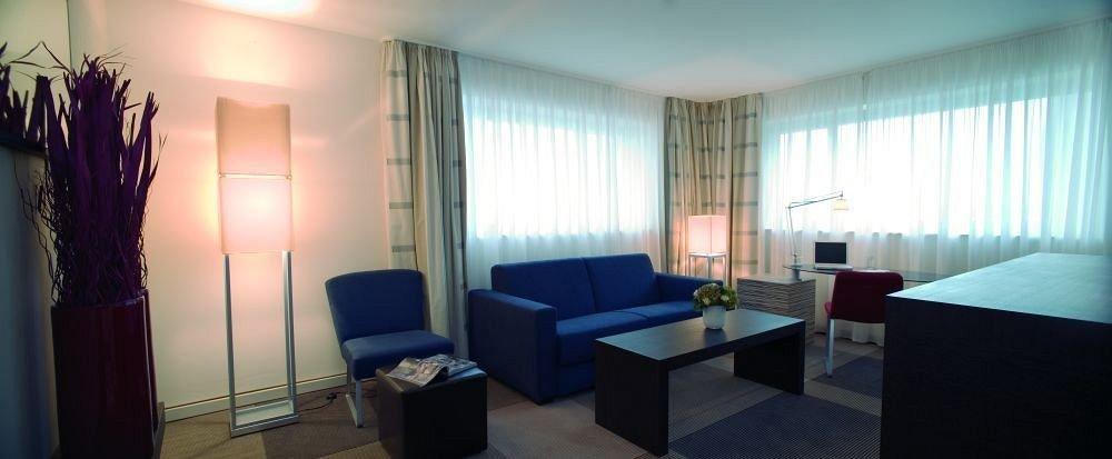 property Suite condominium Bedroom