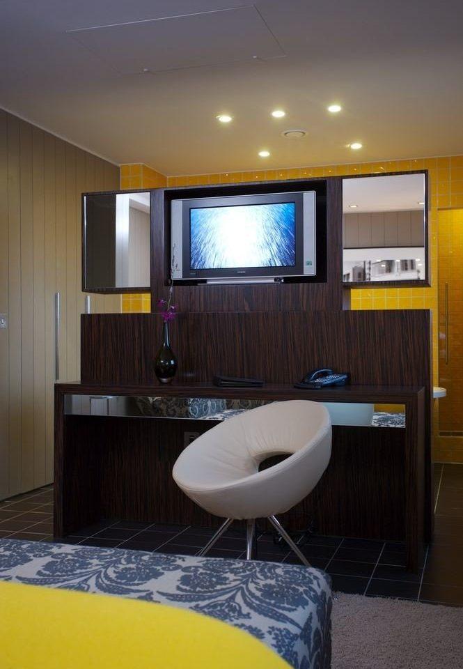 property Suite condominium swimming pool Bedroom