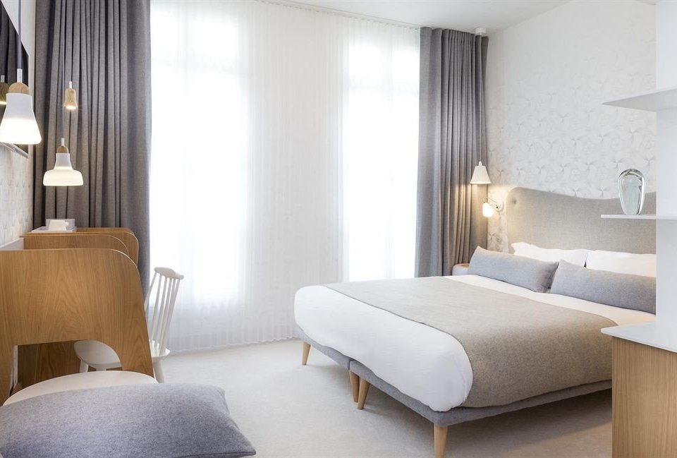 property Bedroom Suite condominium