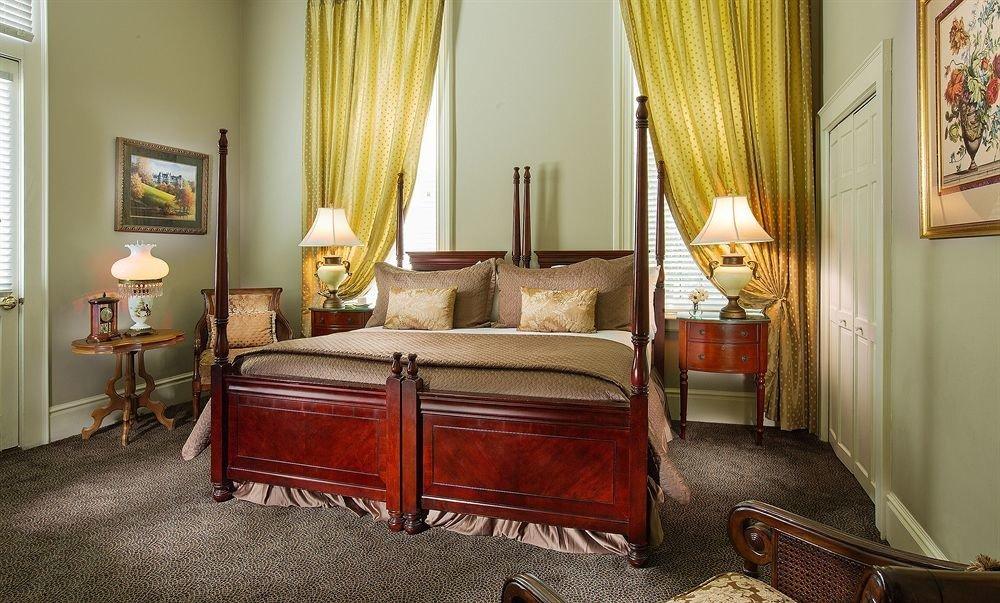 property Bedroom Suite home curtain living room hardwood cottage mansion