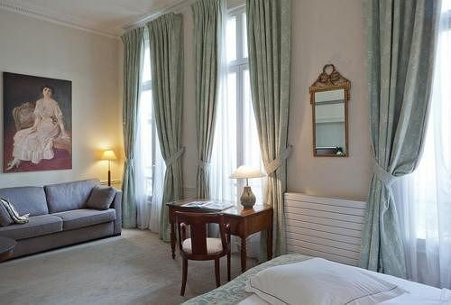property curtain Suite Bedroom cottage
