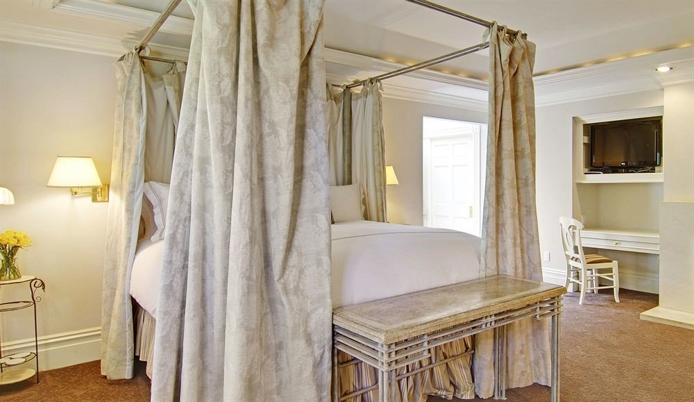 property Bedroom home living room cottage Suite curtain farmhouse