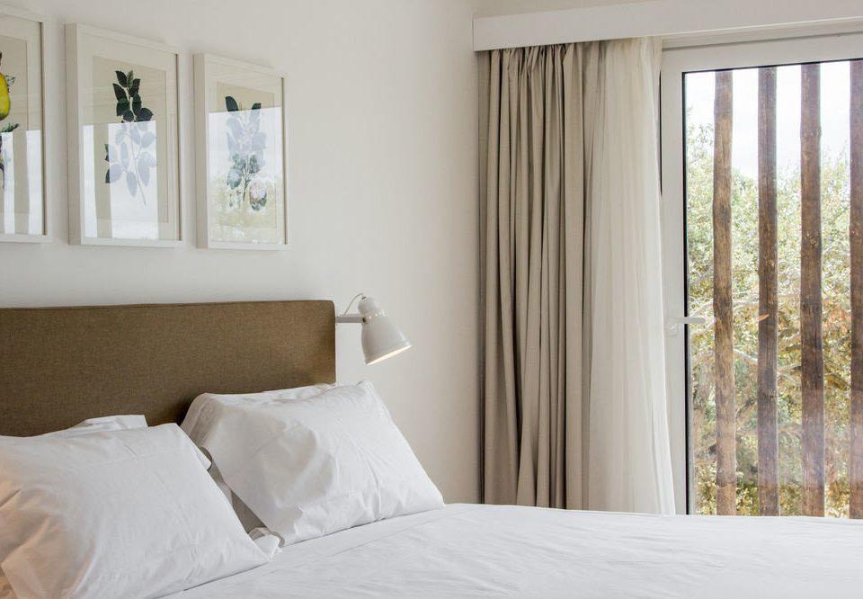 property white Bedroom pillow curtain cottage textile window treatment Suite