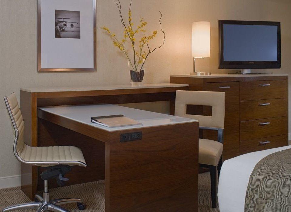 property desk Bedroom office home cottage Suite lamp