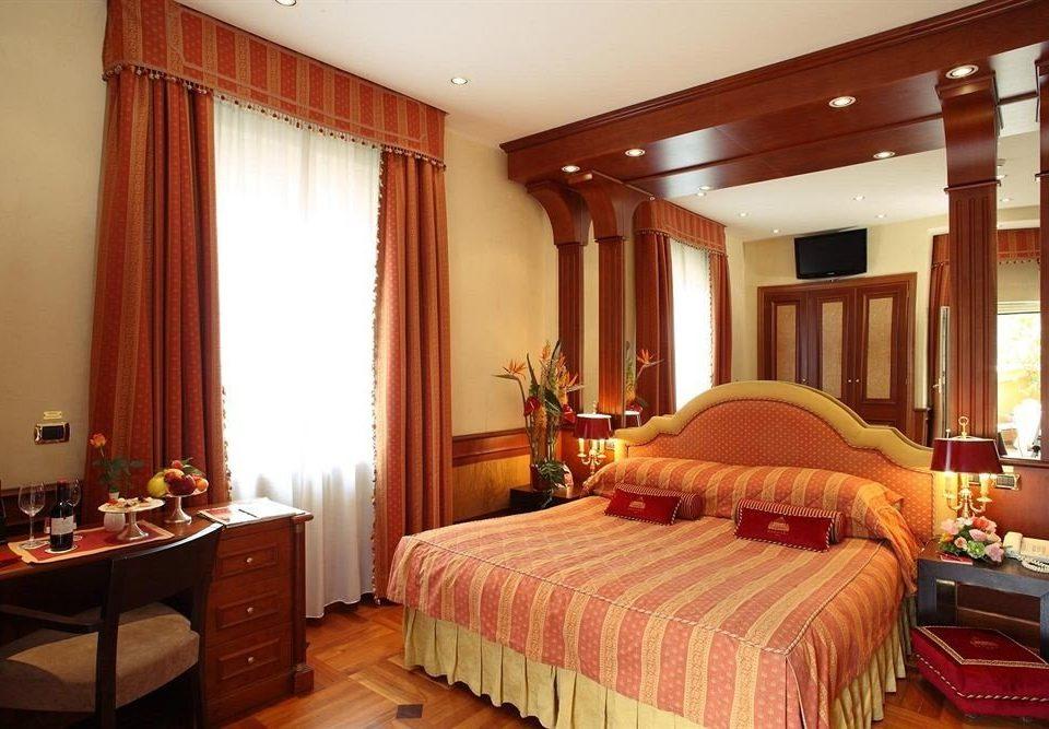 Bedroom property Suite cottage double flat lamp