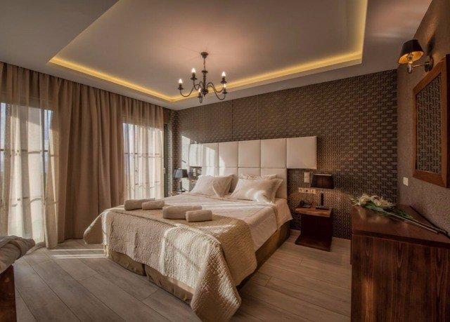 property Bedroom hardwood home Suite cottage living room farmhouse wood flooring