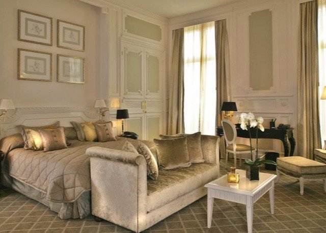 living room property home hardwood Suite cottage Bedroom wood flooring farmhouse