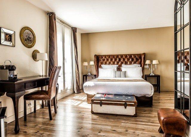 property Bedroom home living room hardwood Suite cottage farmhouse wood flooring