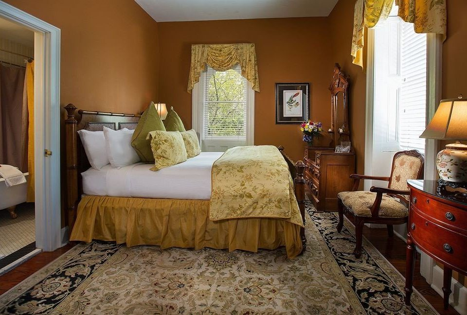 property Bedroom home cottage Suite living room hardwood farmhouse