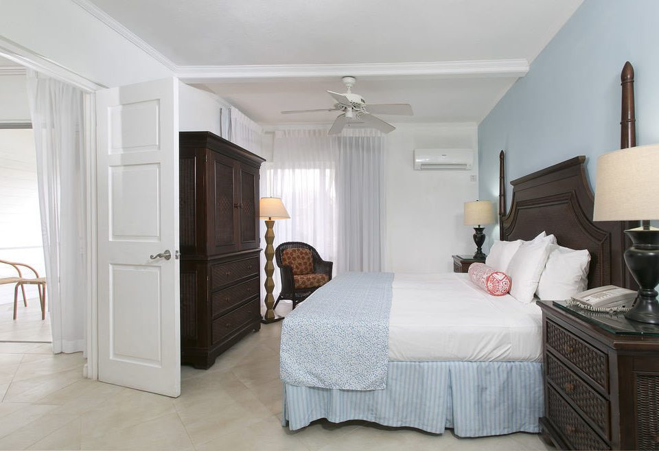 Bedroom property home cottage Suite living room farmhouse