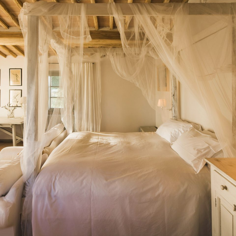 Bedroom property home cottage living room Suite farmhouse