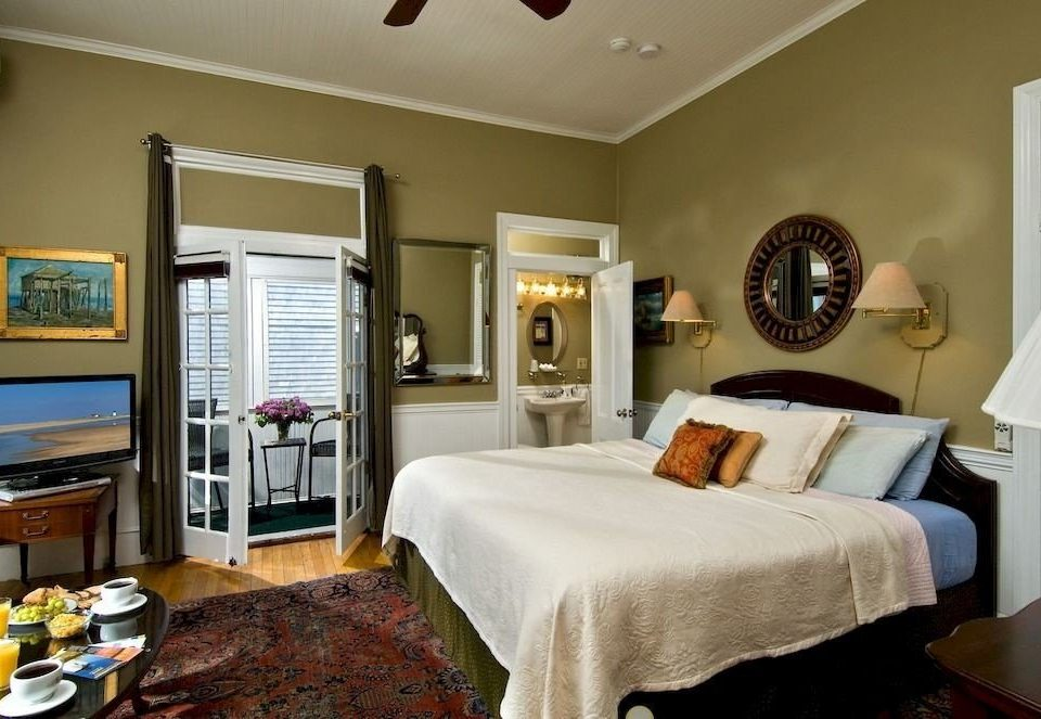 property Bedroom home cottage living room Suite flat