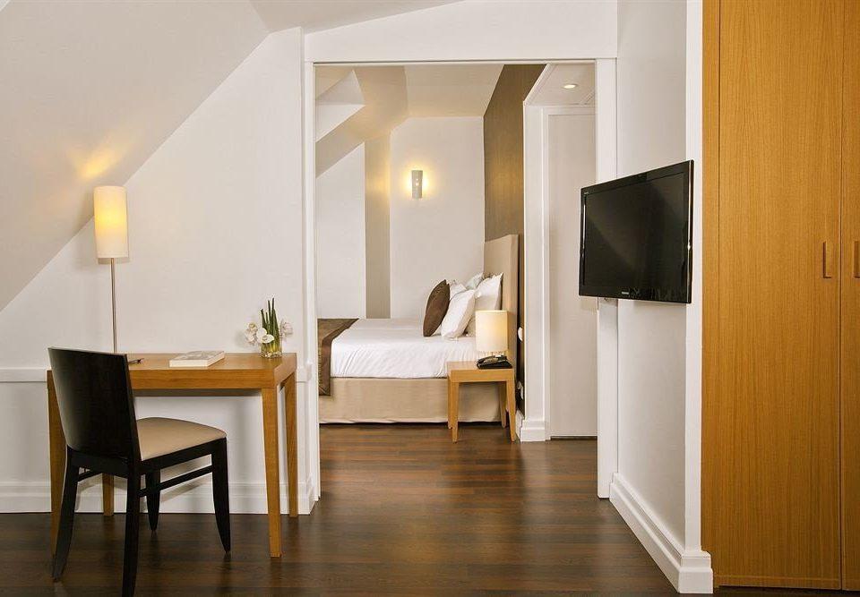 property house hardwood home Suite lighting wood flooring living room flooring cottage Bedroom