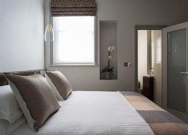 property Bedroom Suite home cottage flooring