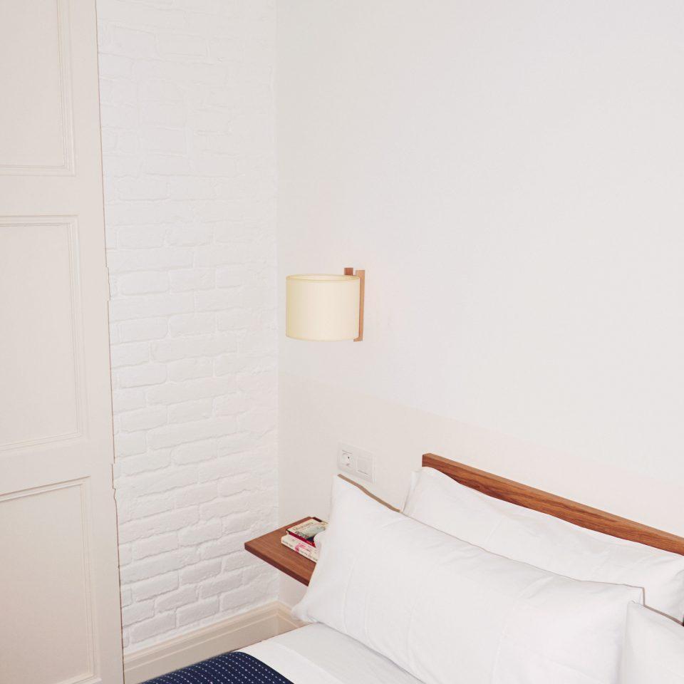 property Bedroom cottage Suite flooring