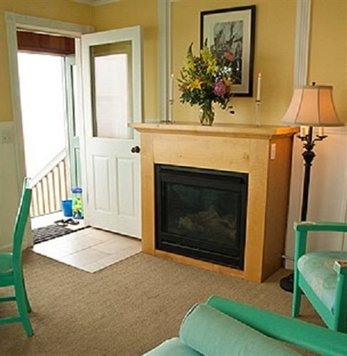 property living room home green cottage hardwood Bedroom Suite