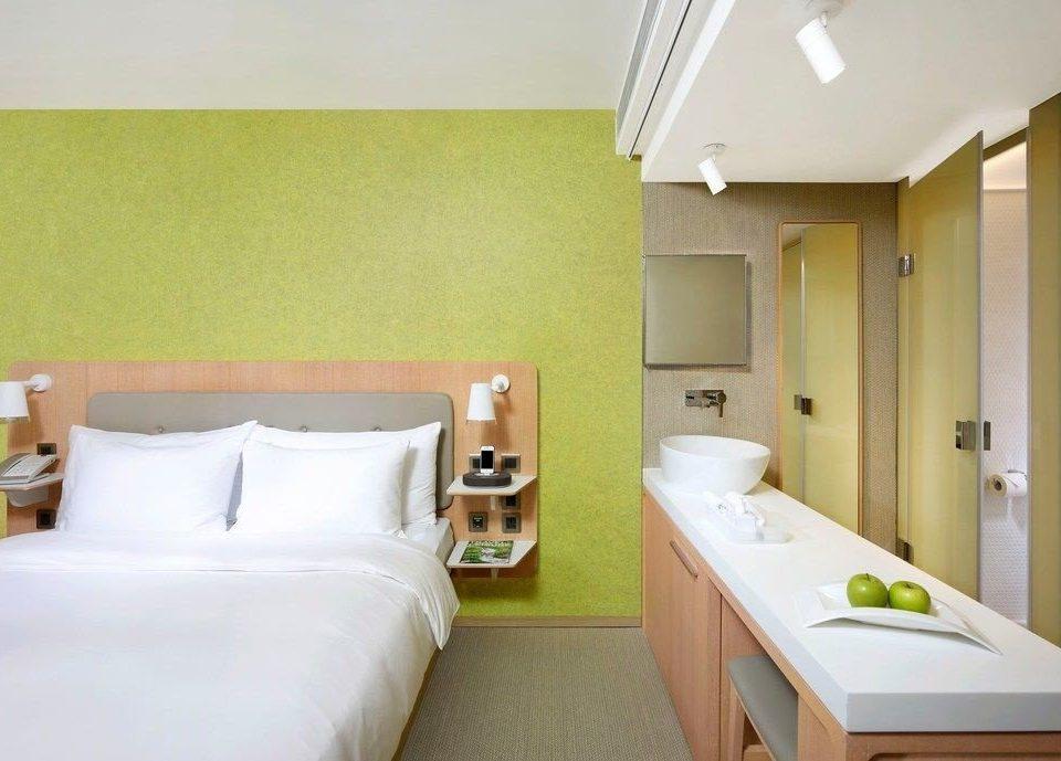 property green Suite cottage Bedroom
