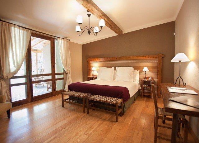 property Bedroom wooden Suite hardwood cottage wood flooring hard