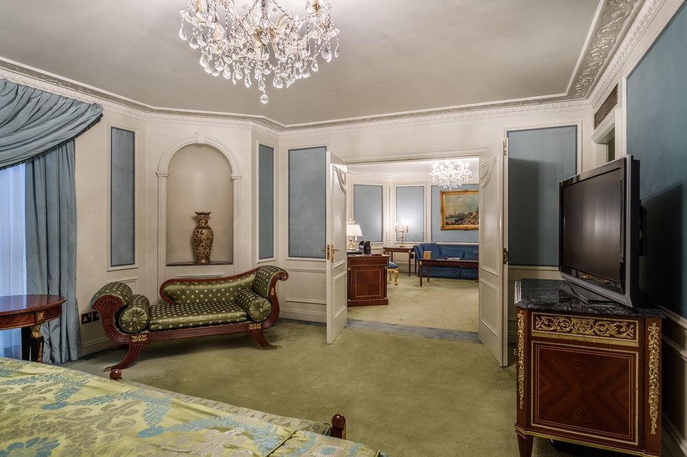 property living room home Bedroom house hardwood mansion Suite cottage